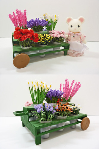 Mrs. Mouse's Flower Cart