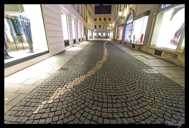 Viscardigasse, callejón para evitar saludo nazi en Munich