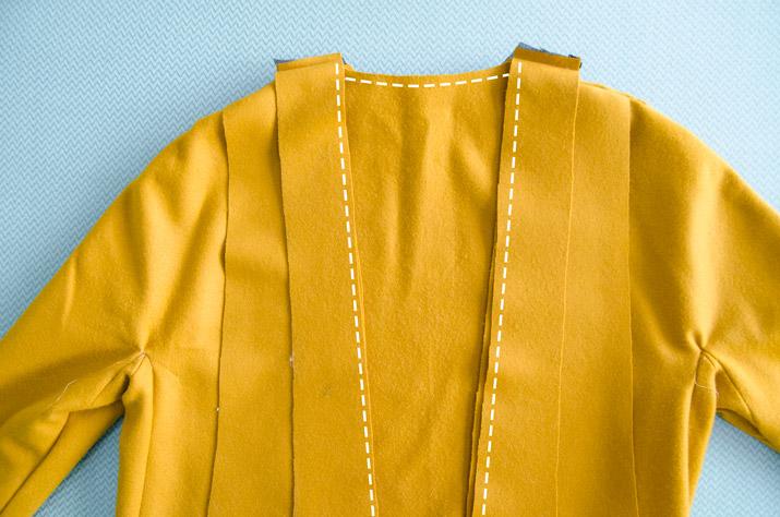 diy-abrigo-mostaza-solapa-xl-paso-03