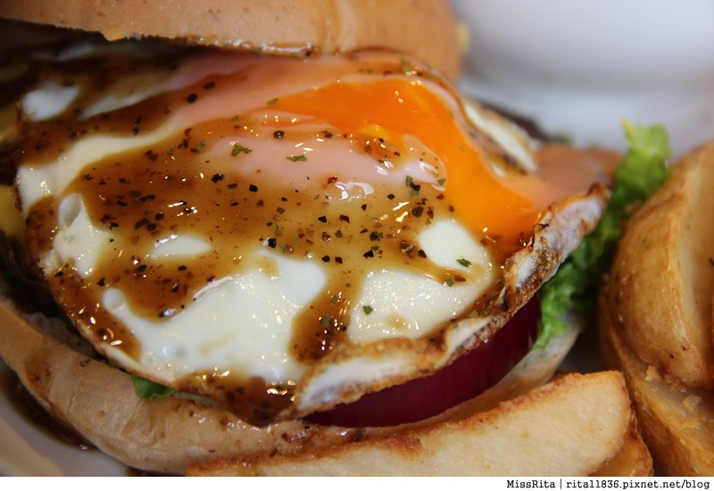 Burger Bus 漢堡巴士 旱溪美食 台中早午餐 台中漢堡 台中英式餐廳 Burger Bus 英國開車玩一圈 台中推薦早午餐40