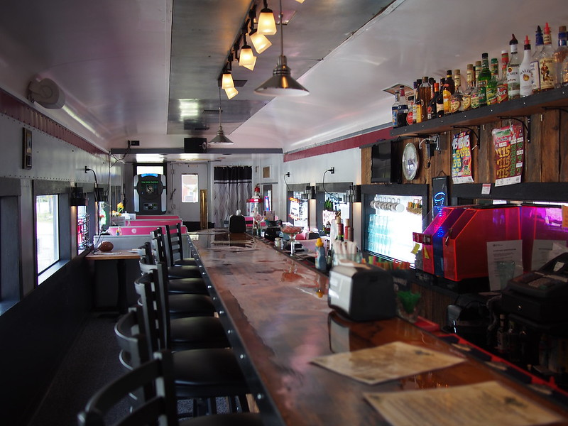 Mount Rainier Scenic Railroad Restaurant: I ate an elk burger here.