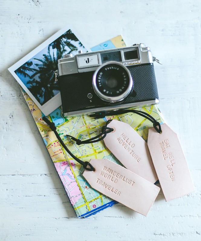 How to make leather luggage tags www.apairandasparediy.com