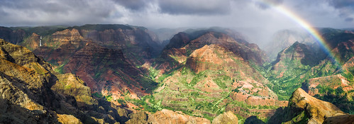 light shadow vacation cloud brown mountain mountains green water rock clouds zeiss prime hawaii us waterfall rainbow rocks paradise unitedstates pano sony panoramic canyon waterfalls kauai stunning waimea rainbows vacations canyons hanalei 32mm a6000