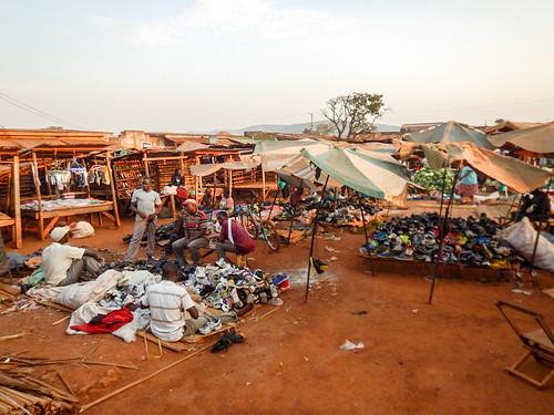 africa travel market uganda viaggio ug orientale repubblica masindi westernregion
