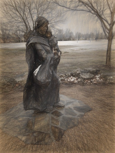 Frozen Sculpture - Da Vinci Sketch I 70 pct