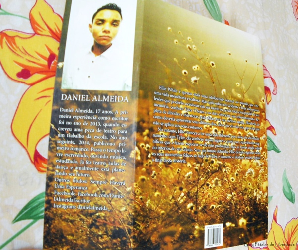 Resenha, livro, Memórias de Ellie White, Daniel Almeida, Selo Jovem, capa, opinião, sinopse