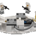 LEGO Star Wars 75098 Ultimate Collector's Series Assault on Hoth 07