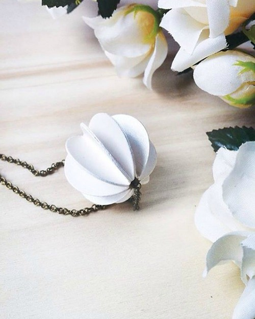 White Paper Bauble Necklace by Alfieri Jewel Design