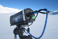 Thermal camera to measure heat exchange over snow