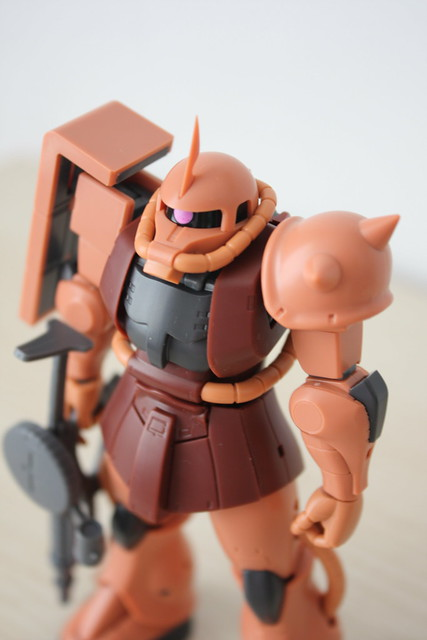 [Robot魂] #193 MS-06S ZAKU II Char's Custom Model(ver. A.N.I.M.E)