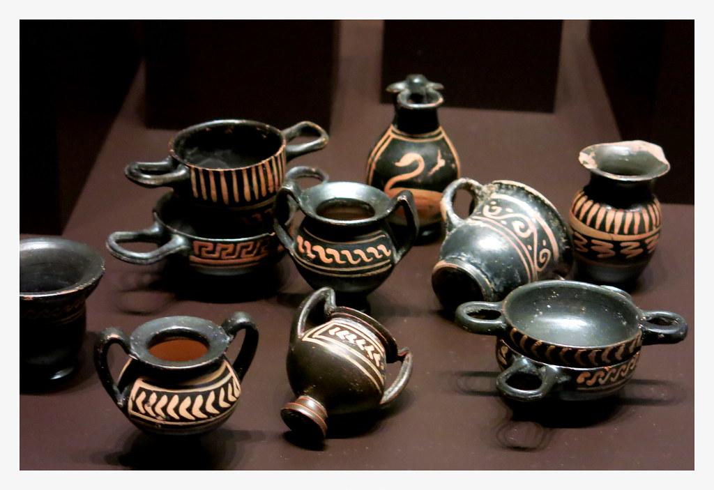 cacharritos o juguetes de los niños atenienses