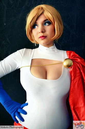 Powergirl Superboy Female DC Comics Cosplay by Lucy / Naomi