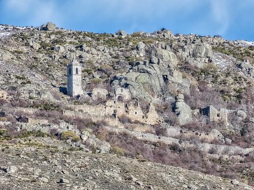 Ruinas del Monasterio de Nuestra Señora del Risco (año 1504. Amavida, Avila)