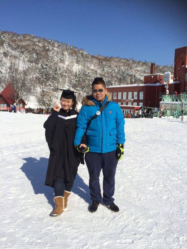 Sun與即將大學畢業的女友到日本旅行。(受訪者提供)