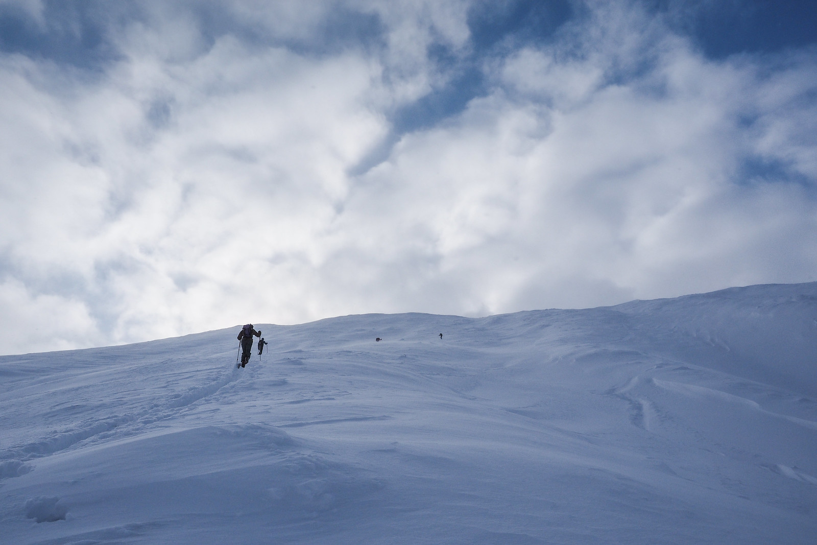 Skiing Sandan-yama in the Tokachi mountain range (Hokkaido, Japan)