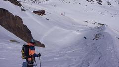 Tomasz zjeżdża w kierunku schroniska Vernagthütte(2755m)