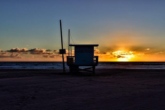 thermonuclear sunset. venice beach, ca. 2016