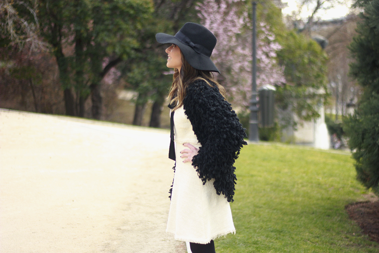 White tweed dress with bow black jacket hat outfit07