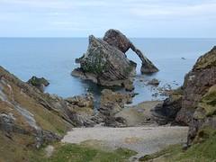 Bow Fiddle Rock, low tide