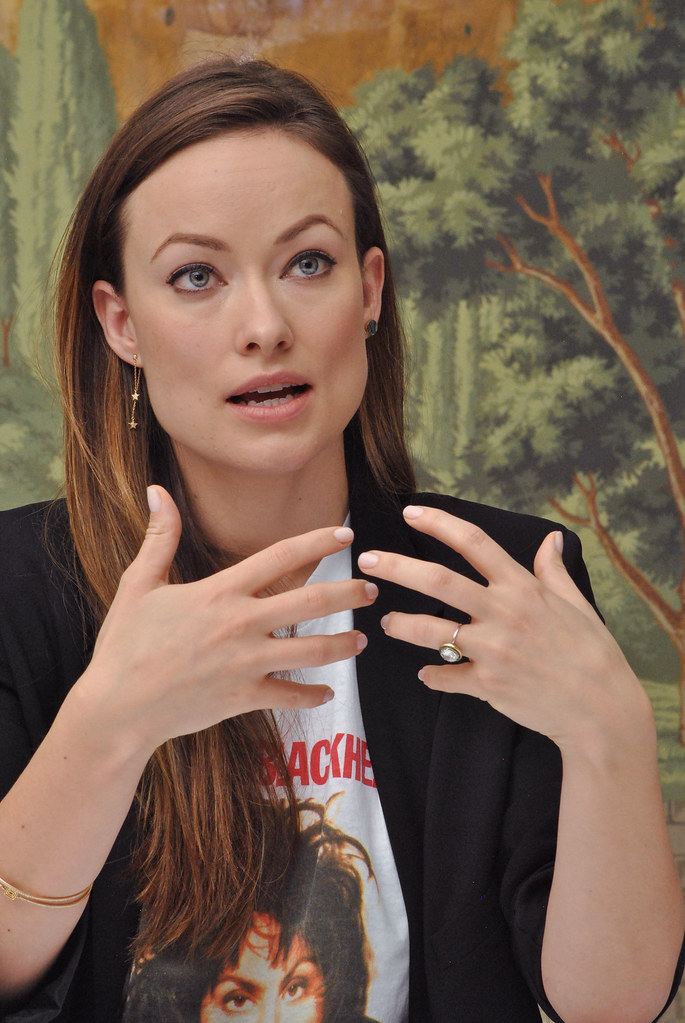 Оливия Уайлд — Пресс-конференция «Винил» 2015 – 41
