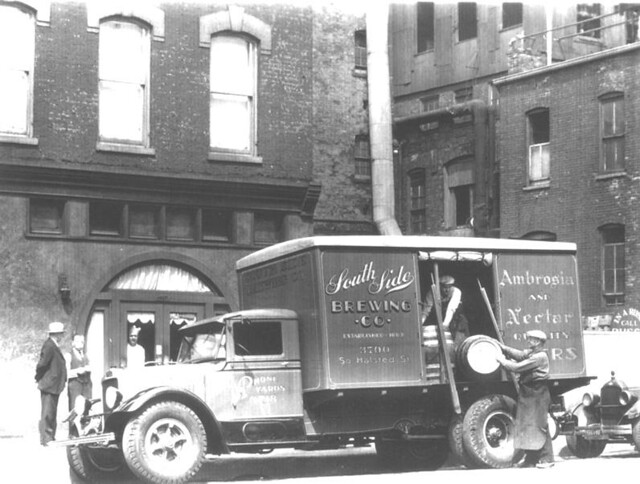 Delivery-from-South-Side-Brewing-aka-Ambrosia-Brewing-circa-1936