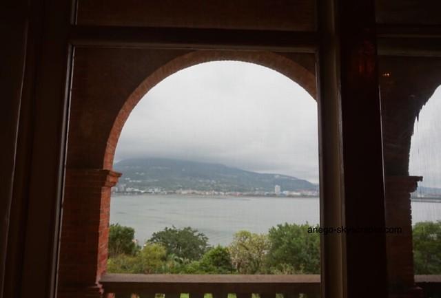 淡水 紅毛城の窓から