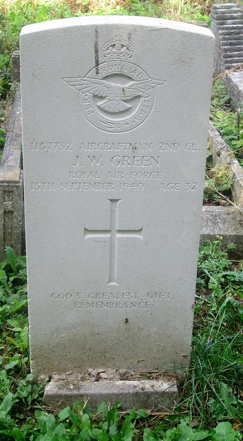 Second World War Grave, Geddington