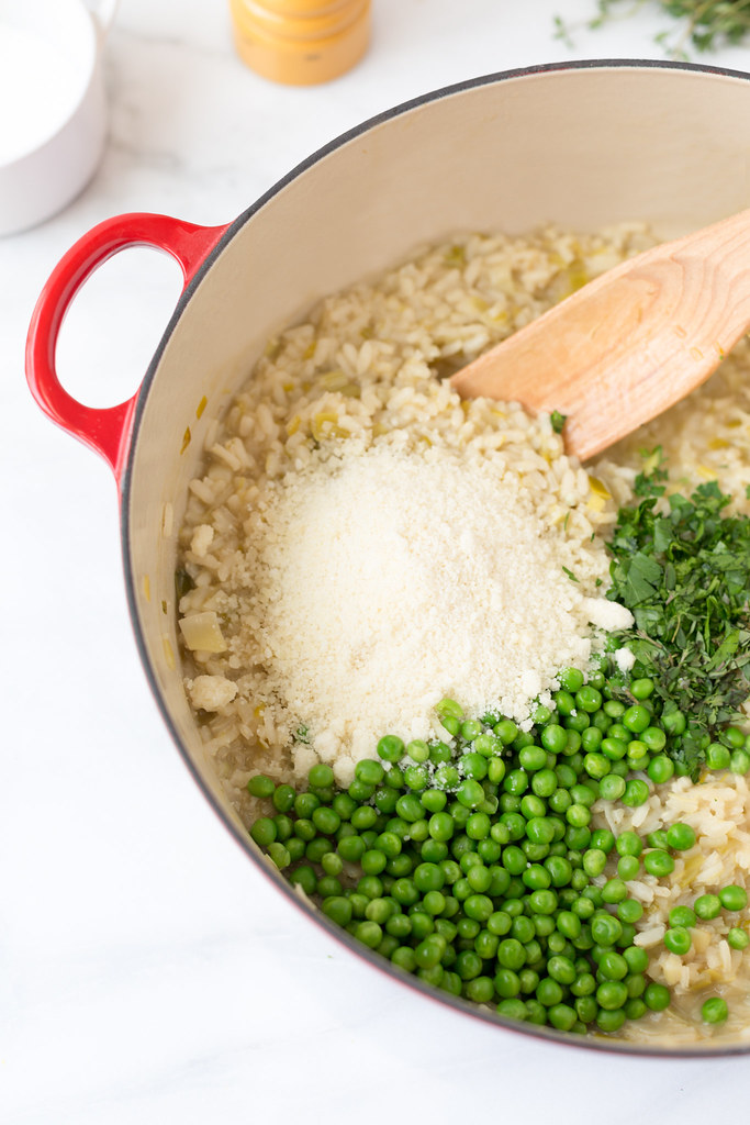 risotto with parmesan cheese and peas