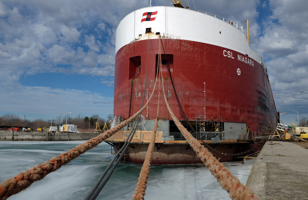 CSL Niagara - winter work