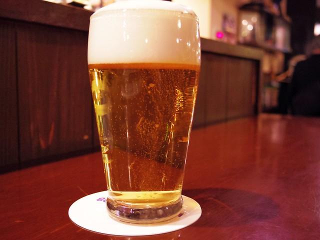 新橋「ビアライゼ98」のビール「マルエフ」ハーフパイントグラスの写真
