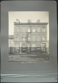 Commerical Building owned by Mrs. H. McCarthy [West facade] part of 263 Wellington Street, Ottawa, Ontario / Immeuble commercial appartenant à Mme H. McCarthy (façade ouest), fait partie du 263, rue Wellington, Ottawa (Ontario)