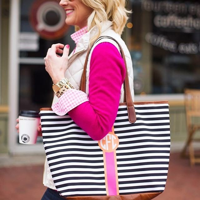 On Wednesdays we wear pink. 💕💗💕 #andstripes #alwaysstripes #bagcrush #sugarplumstyle // @liketoknow.it www.liketk.it/2ctIs #liketkit 📷 @sothentheysayblog 😘