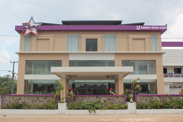 Front View of Fame Hotel