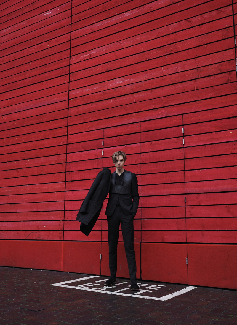 mikkoputtonen_fashionblogger_london_LFW_outfit_mikkoputtonenXgtie_turo_finsklondon_FrennCompany1_web
