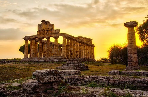 A re-imagining of this image using the #aurorahdrpro The sun was an incredible dripping blanket of warmth that evening. #italy #paestum