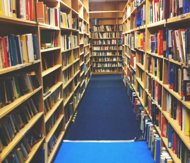 secondhand bookshop somerset vivatramp blog uk