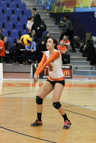 WolfPack Sweep Bisons In Canada West Women's Volleyball