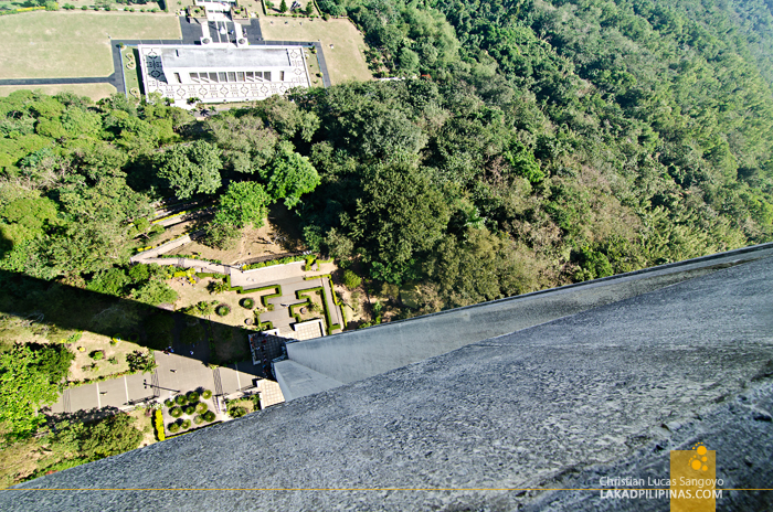 Mount Samat Dambana ng Kagitingan Viewing Deck