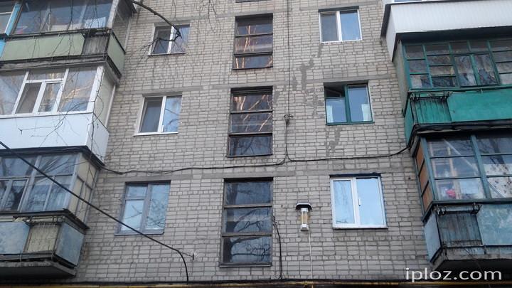 Щоб заґратувати усі такі вікна у Лозовій, потрібно більше півмільйона гривень