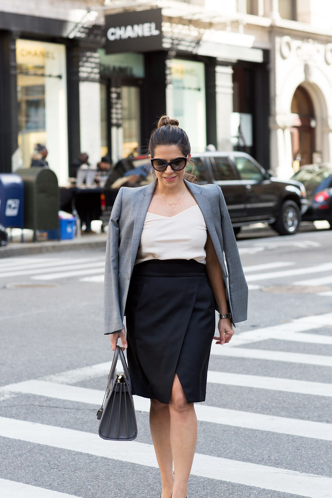 Black pencil skirt_Grey Blazer_7