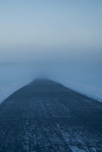 road morning blue winter mist lake blur cold ice water misty fog sunrise landscape dawn early haze nikon sweden outdoor pastel horizon north foggy tracks calm minimal nikkor scandinavia vague morgon fotosondag fotosöndag fs160313