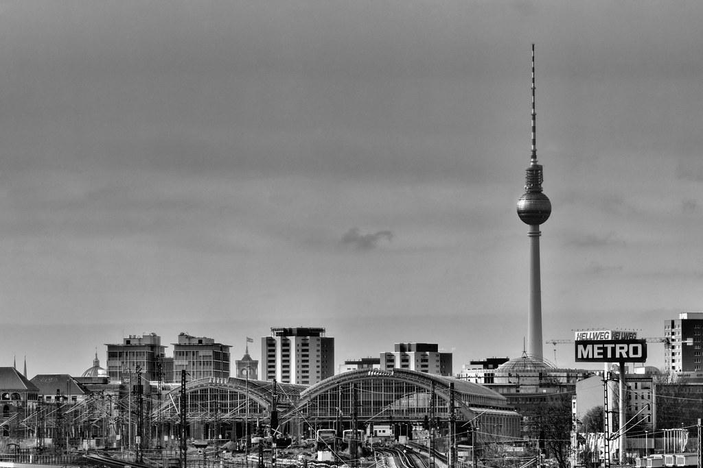 Alexander Platz Station