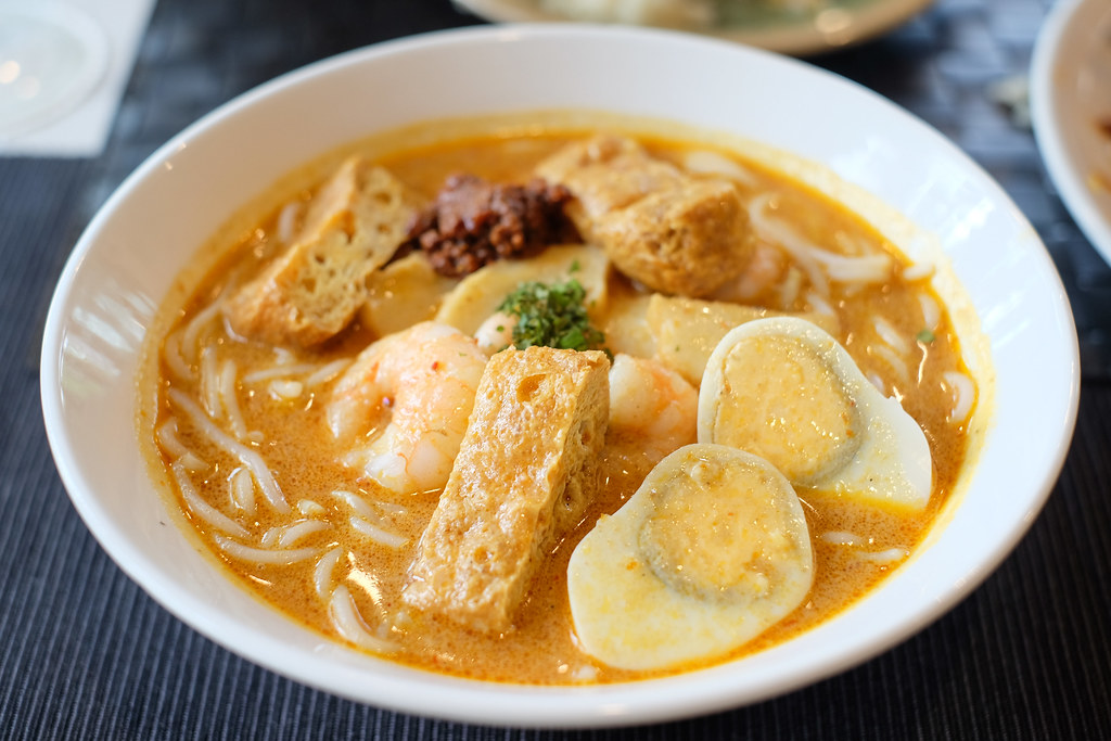 Good Old Days Singapore Laksa