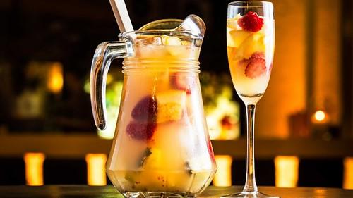 Sangria bianca, cocktail