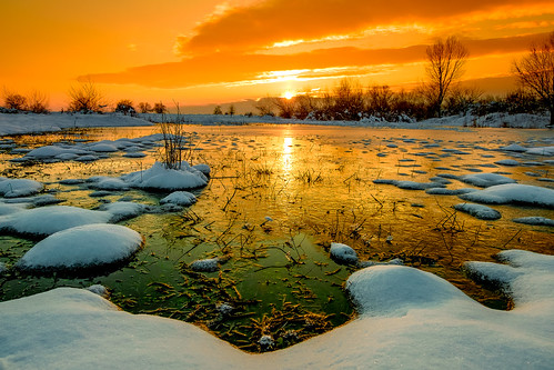 winter sun lake snow cold clouds sunrise landscape colorful vibrant threes xt10