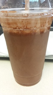 Charlie's Choc Bananarama Smoothie at Charlie's Raw Squeeze Everton Park