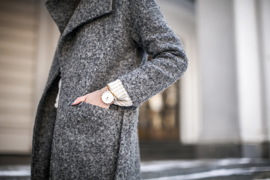 grey-robe-coat-street-style-outfit