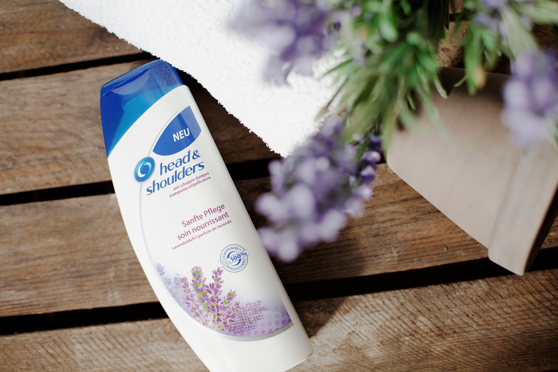 head & shoulders sanfte pflege lavendelduft lavendel lavender scent soin doux beauty beautyblogger product review haircare hair care antischuppen shampoo cats & dogs blog wie hund und katze ricarda schernus blogger düsseldorf berlin 3