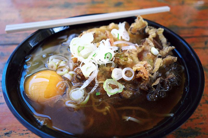 横川駅 おぎのやの天玉蕎麦の写真
