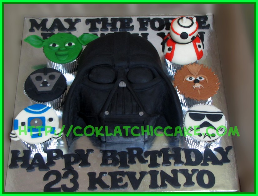 cake and cupcake StarWars